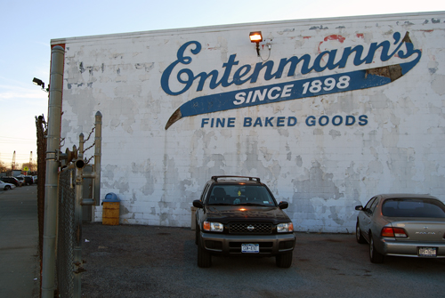 Entenmann's Bakery - Troy Avenue - East Flatbush, Brooklyn