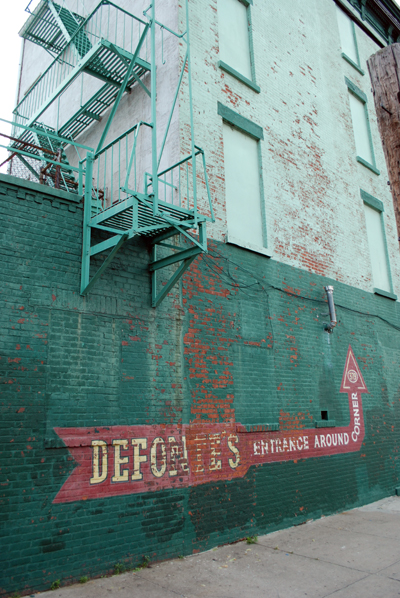 Defontes Grocery - Red Hook