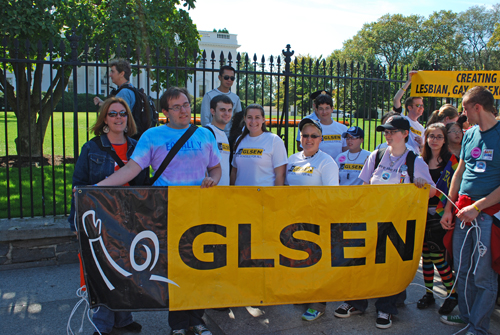 Barbara Snow with GLSEN in front of the White House - © Frank H. Jump